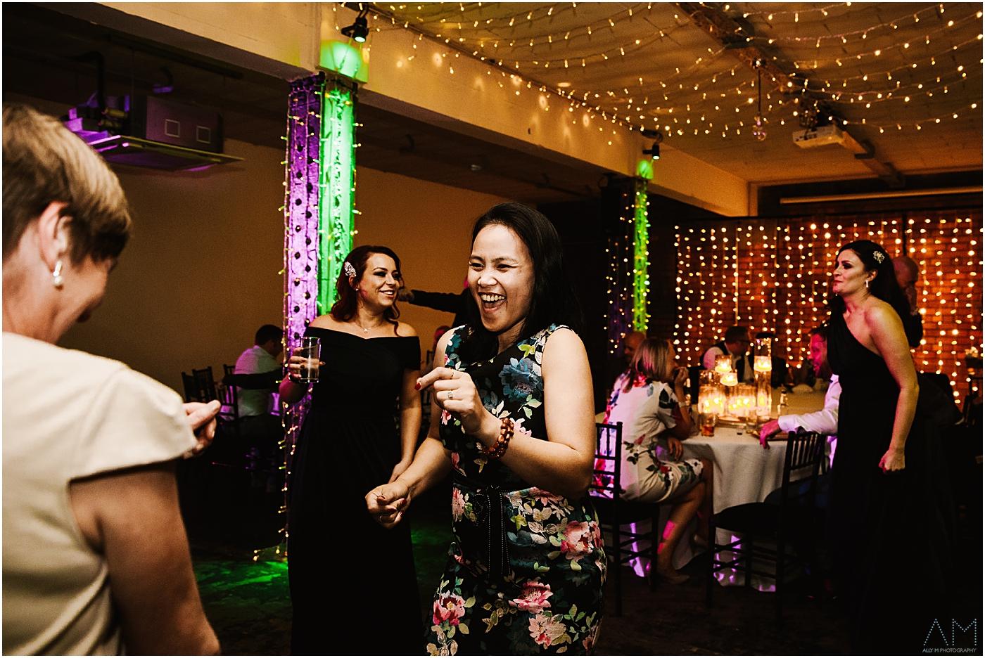 dancing on the dancefllor