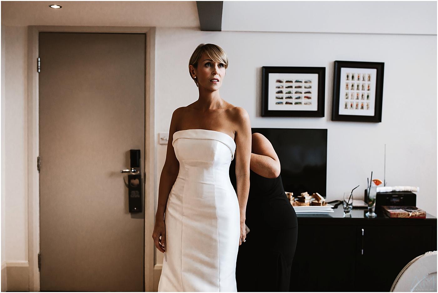 Bride getting ready n her room