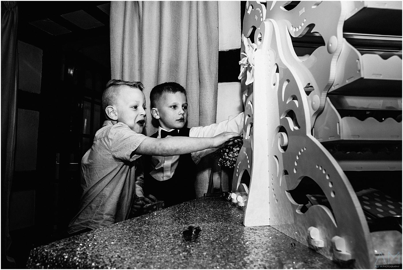 kids pinching sweets