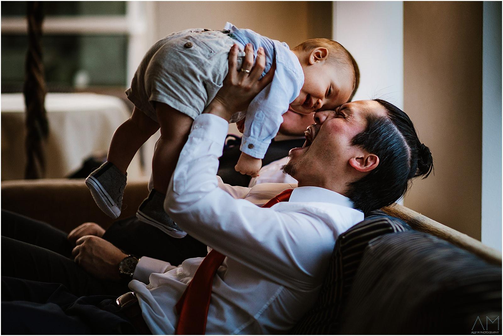 Da with his little boy