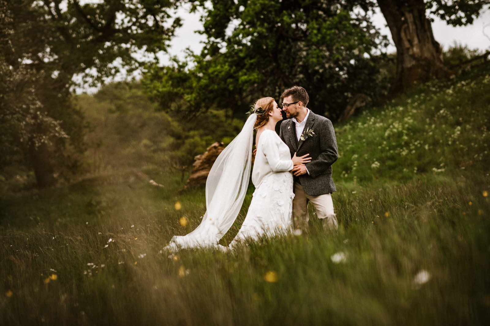 Hidden river cabins wedding photography