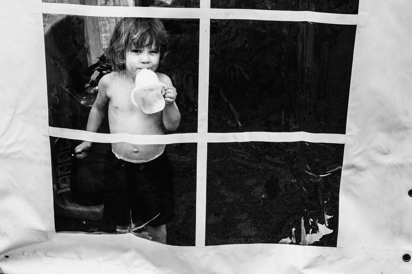 Kid peeping